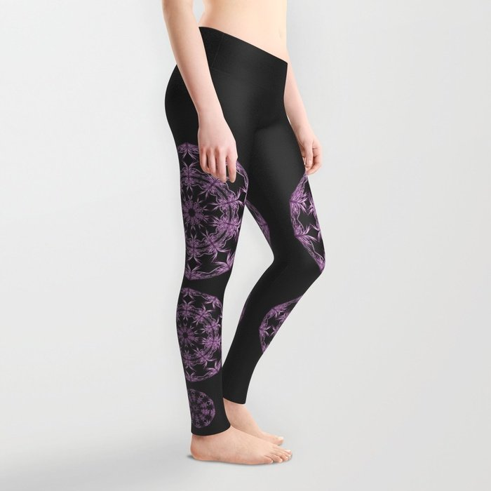 Purple mandala . https://society6.com/product/mandala-purple-and-black_leggings#s6-6645176p43a56v415… .#leggins #purple #mandala #boho_style #bohemian #society6 #grahicdesing #mandalas @society6pic.twitter.com/pcXhhiBS1z
