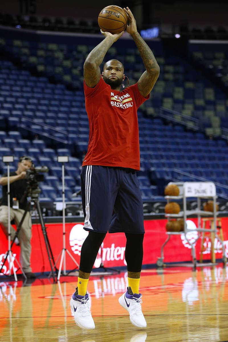 0b5c485ecd5 solewatch new pelican boogiecousins getting up shots in a kings colorway of  the nike zoom rev