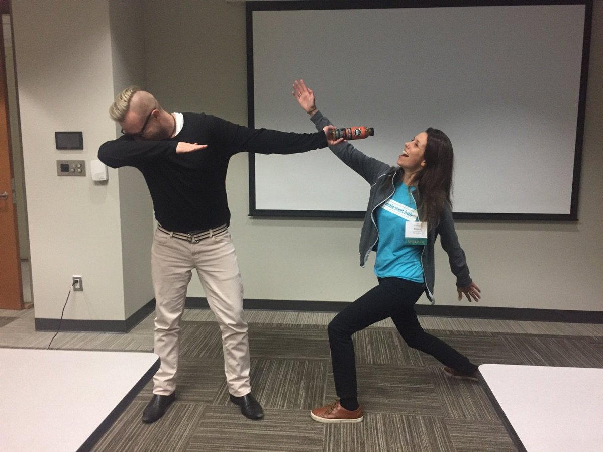 Thanks to @MainStreetHub for helping us get social ... media, that is, this #TechThursday! #attheChamber #smallbizlife #dothedab