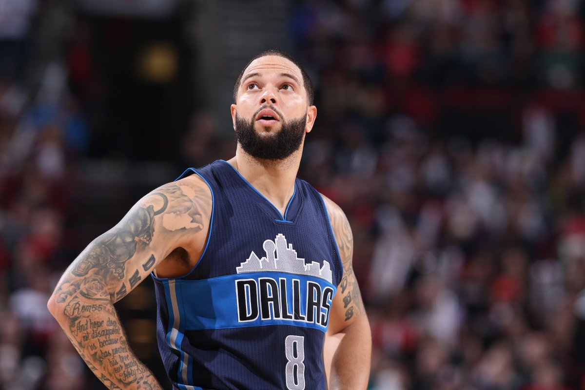 Deron Williams reportedly interested in joining the Cavs should he cle...