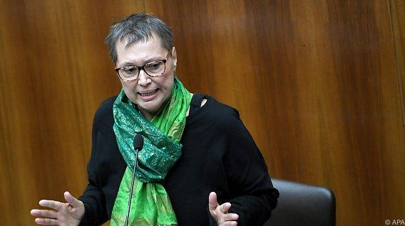 Gesundheitsministerin Sabine Oberhauser gestorben https://t.co/HtYuddu...