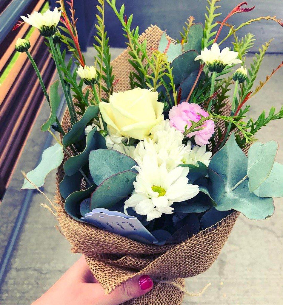 What a sweet surprise! Thank you so much Victoria @missmossmakeup will do an excellent j… http://ift.tt/2l5JLjrpic.twitter.com/fch9x6F3rA