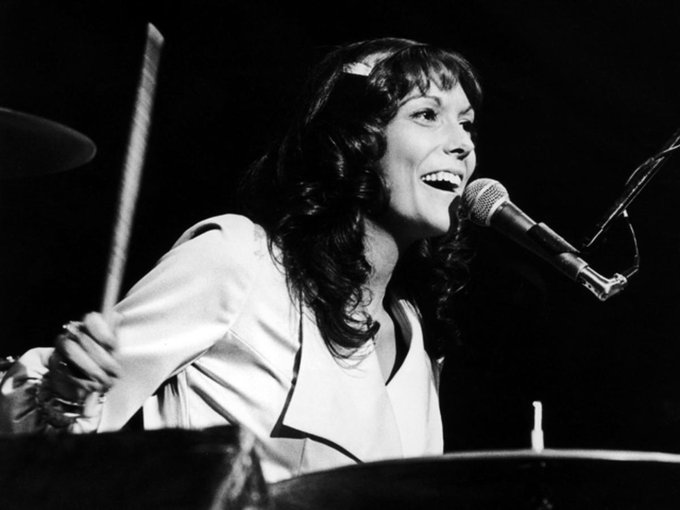 Remembering the sensational Karen Carpenter. Happy Birthday! <3