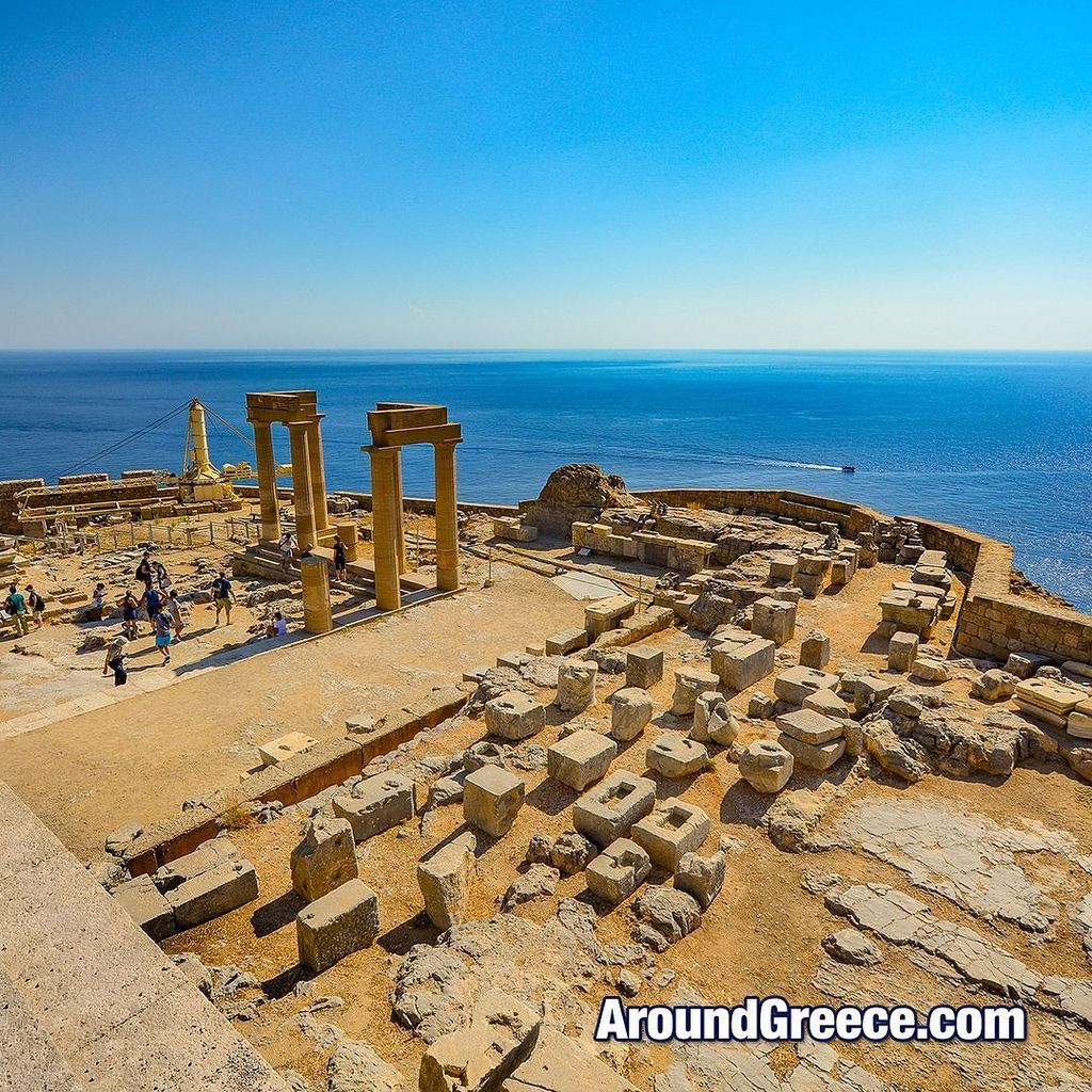 The Αrchaeological site of Lindos on the island of Rhodes  #Lindos #Rhodes #Greece #Ροδος …  http:// ift.tt/2lgjTSX  &nbsp;  <br>http://pic.twitter.com/ut2ckfSS0s