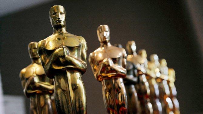 #Estas son las nominadas a mejor película en los Oscars 2017  http:// tinyurl.com/zn6udl8  &nbsp;  <br>http://pic.twitter.com/91PTOi1FOU
