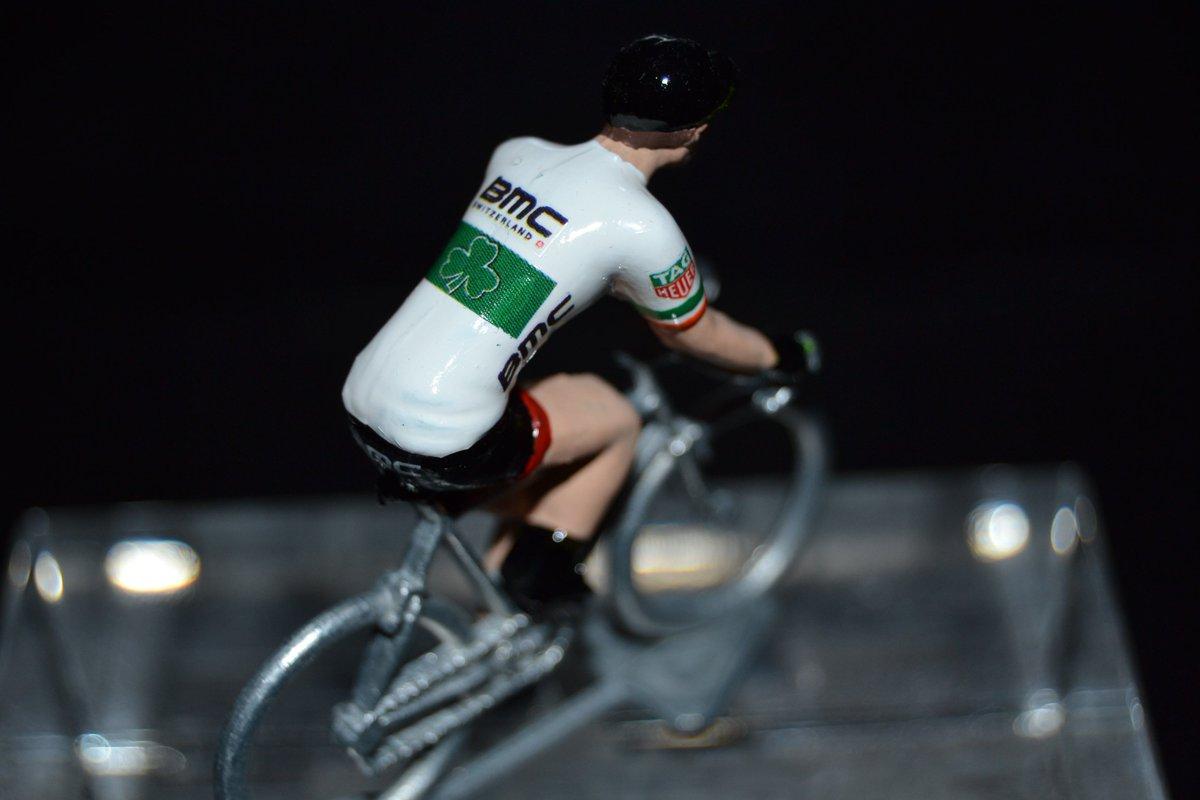zoom sur le petit cycliste 100%  #madeinFrance de @nicholasroche ! by  http:// petit-cycliste.com  &nbsp;  <br>http://pic.twitter.com/Y0ao6bwIxR