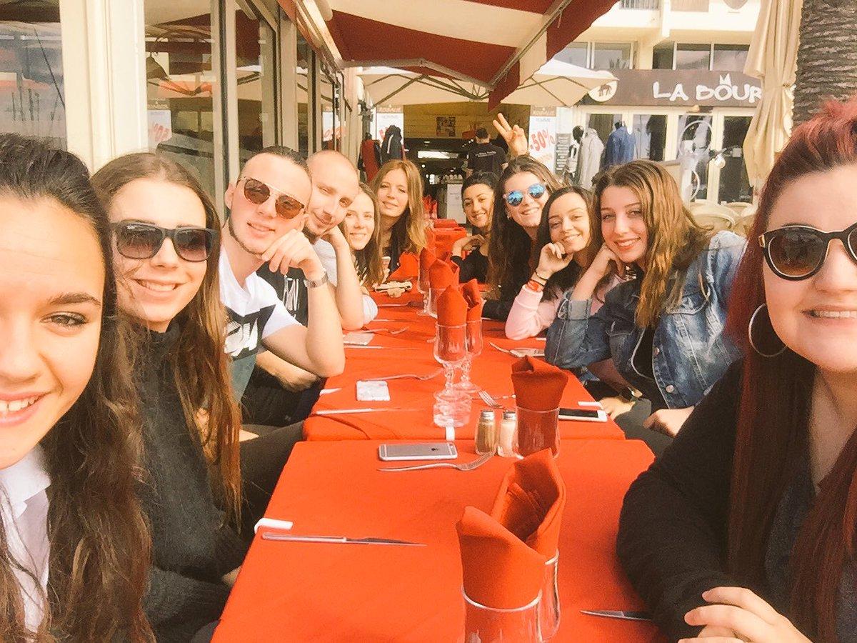 @TalOfficial @ralphbeaubrun On ce retrouve ce soir à la Grande Motte avec toute la clique du sud#TalTour  #TEAMTAL  #Sun  #Resto <br>http://pic.twitter.com/lrjBGdgZWe