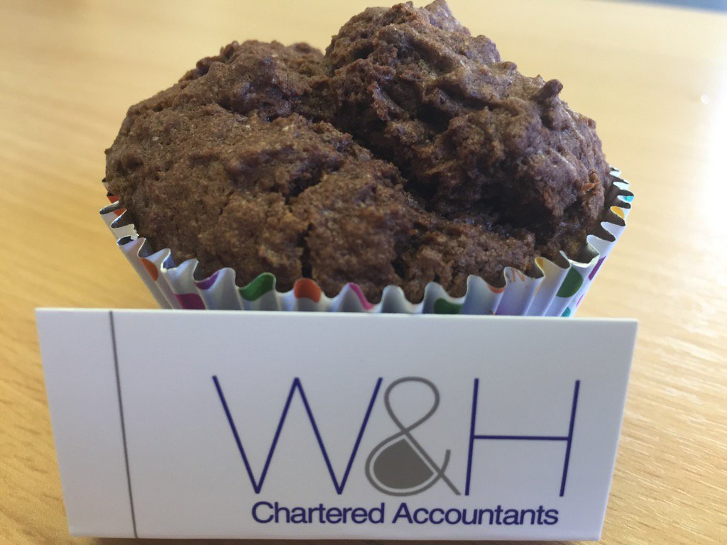 Thanks for our #delicious charity cakes from our neighbours @Fylde_Law  #StAnnes  #GreatLegalBake https://t.co/tEUIpzZ88z