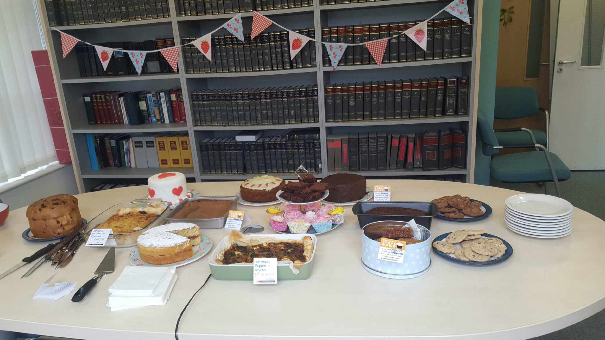 Our meeting room all decked out for our #GreatLegalBake lunchtime cake party! @greatlegalbake https://t.co/oYYUWPD01e