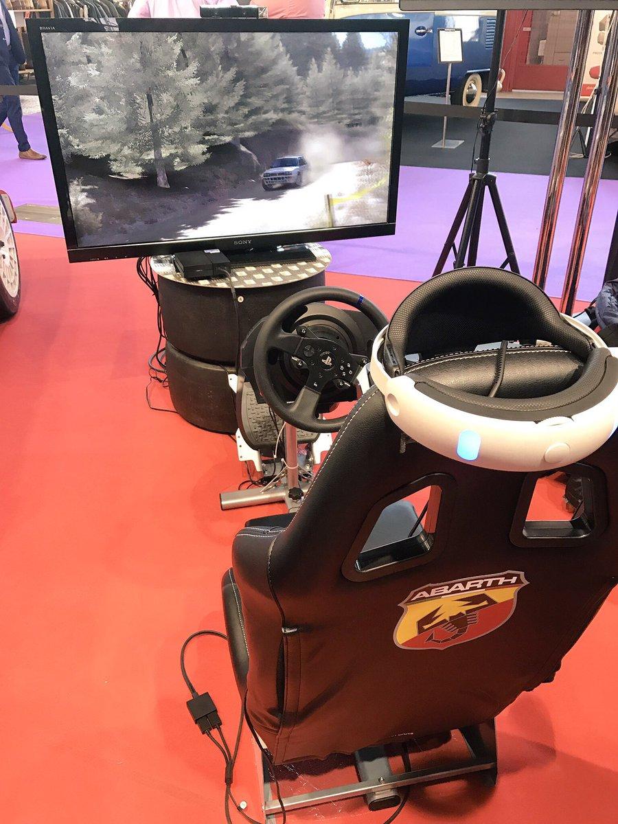 #CERA @abarth_es anuncia una copa virtual con @dirtgame y @PlayStationES VR.  Los mejores correrán dos rallyes durante 2017 en un 500 R3T.<br>http://pic.twitter.com/rIDQ0ZUgHs