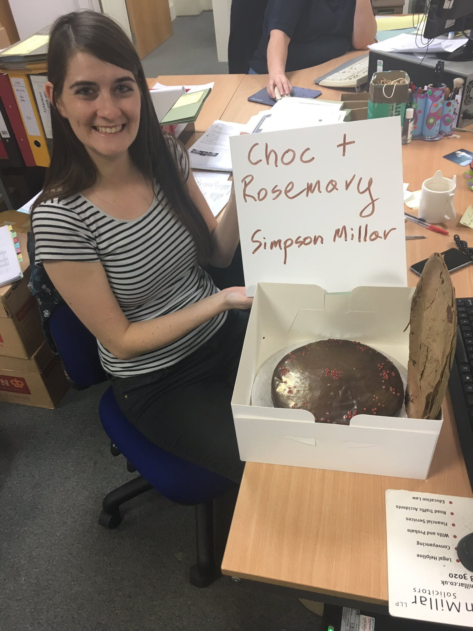 Delish rosemary & choc cake delivered to us by the @PrisonersAdvice - thanks from the @SM_EduComCare team! #greatlegalbake @greatlegalbake https://t.co/warmpAKrhm