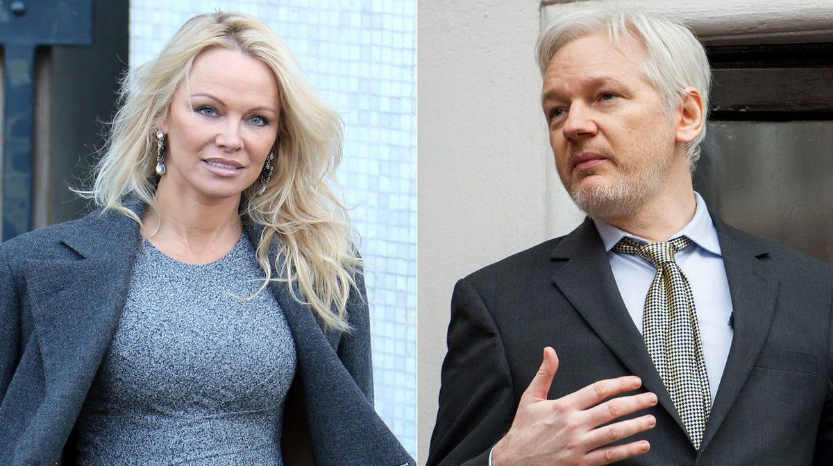 Pamela #Anderson confirme sa relation avec Julian #Assange <br>http://pic.twitter.com/kzmAUgeeTP