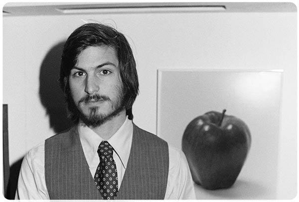 «Я назову компанию «Яблоко», если к 5 часам вы не предложите лучшего!» Стив Джобс (1955—2011).
