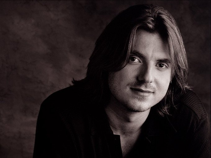 Happy birthday to Mitch Hedberg today...miss this guy, think about him all the time...
