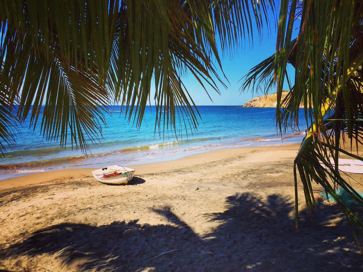 Jour 1 #Martinique #Isle #beautiful #landscape #sea #sun #happy #beach #holidays #love #nofilter #Anse #PetiteAnse <br>http://pic.twitter.com/FLQgt1OSz8