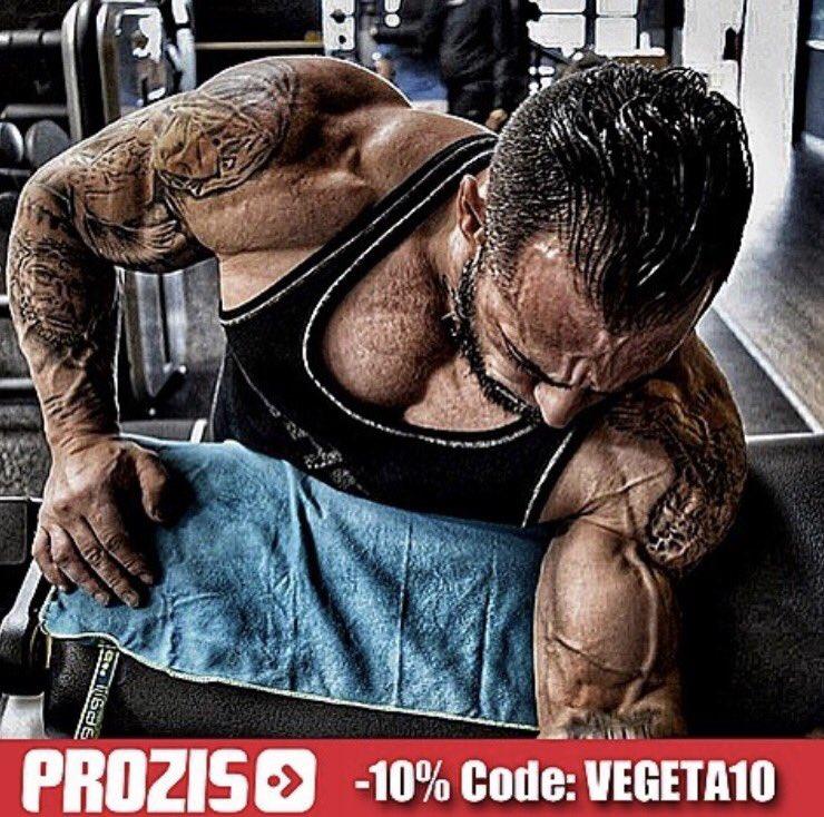 Profitez de -10% de réduc chez @ProzisFrance avec le code: Vegeta10 Lien direct:  http:// prozis.com/DYJ  &nbsp;   #Workout thx @relentless_veg <br>http://pic.twitter.com/iLTFXBjbXd