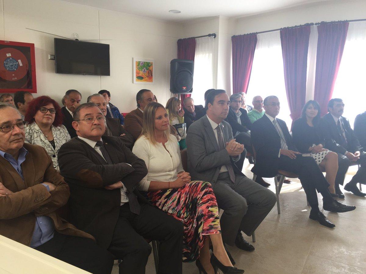 Un nuevo anhelo de #Magallanes que se concreta. Hoy inauguramos la casa de acogida #PUQ @COREMagallanes<br>http://pic.twitter.com/STvV4FeKLC