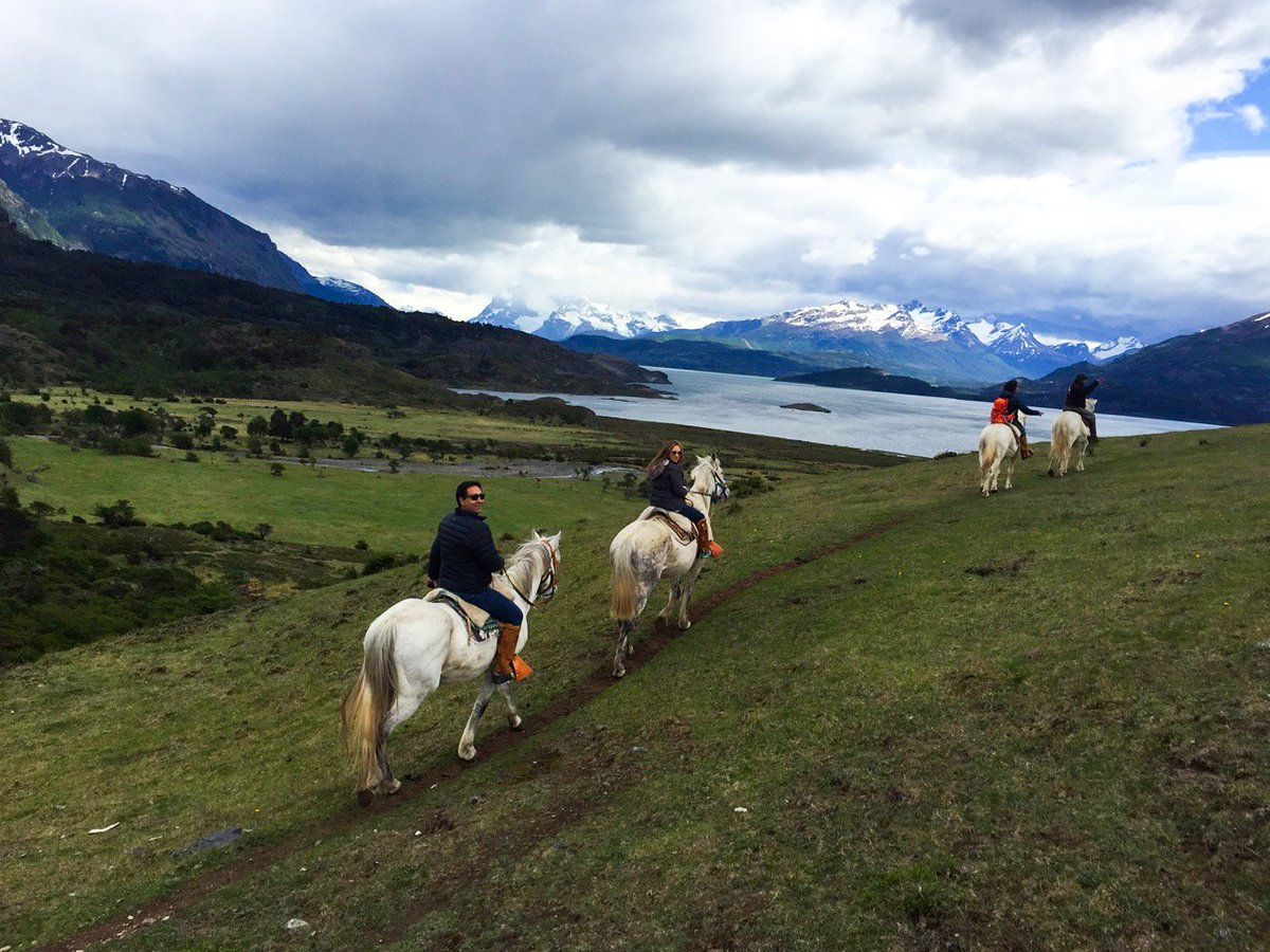 #cabalgata #patagonia #chile<br>http://pic.twitter.com/oJUUbi0hdN