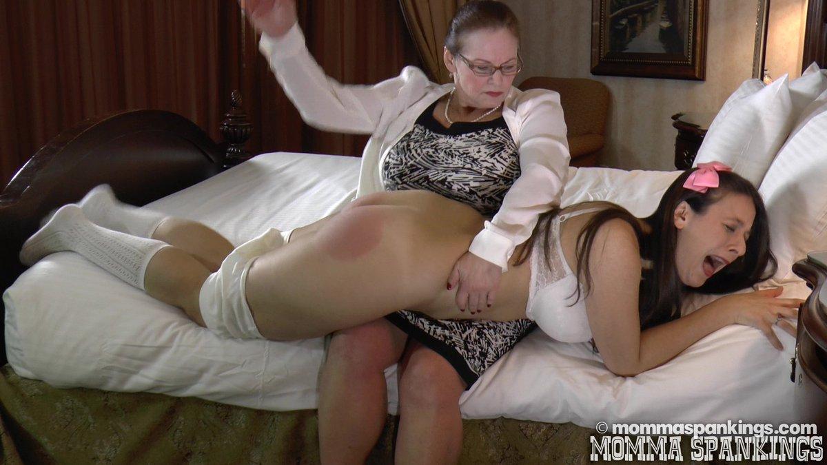 Lesbian boob sucking video