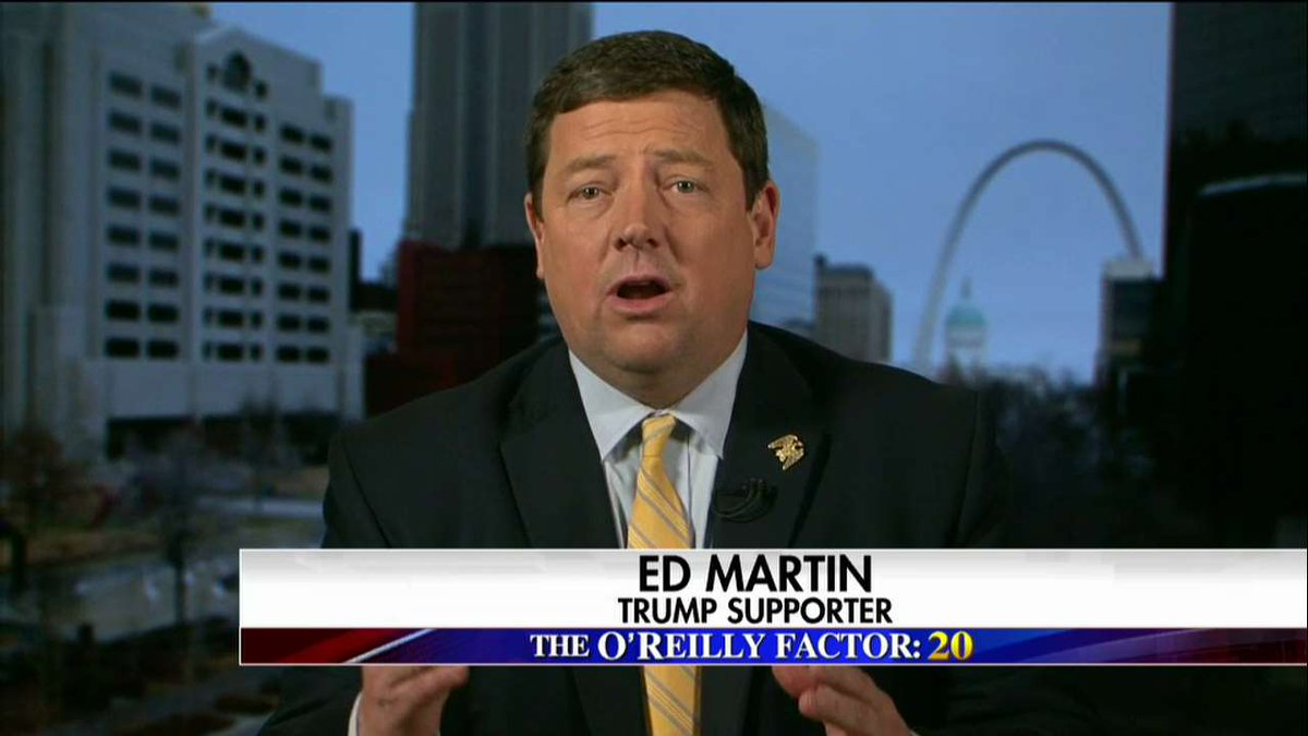 "Ed Martin: ""The FBI works for the president. If they can't do their job and be up front they ought to drain the swamp."" #oreillyfactor <br>http://pic.twitter.com/C5DVogkRVw"