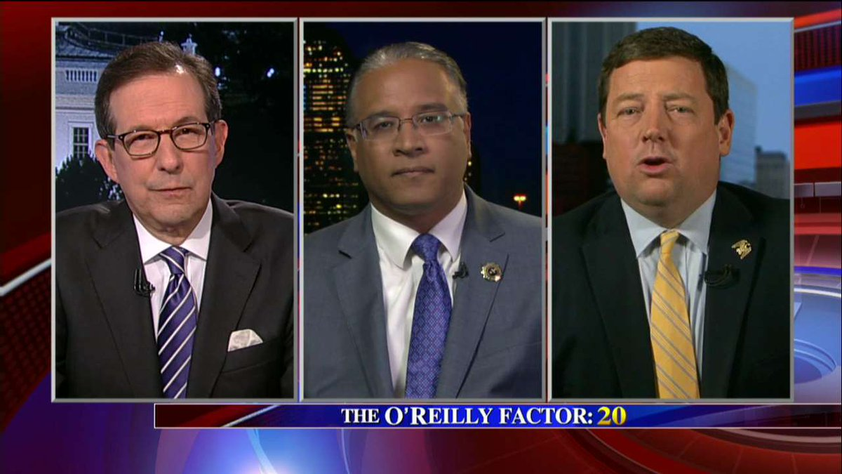 "Ed Martin: ""I think we have the FBI in the hot seat and rightly so."" #oreillyfactor <br>http://pic.twitter.com/n8O1iwcAlj"