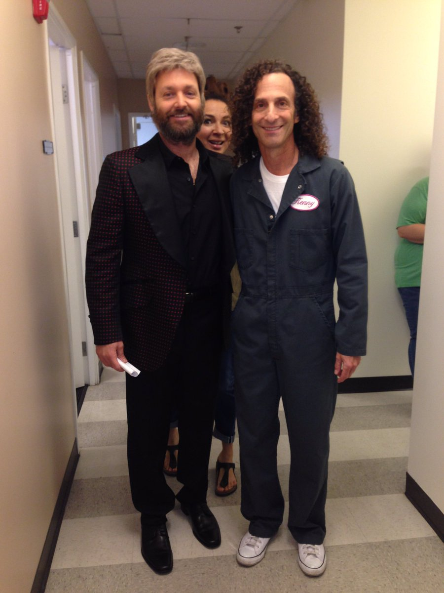 Look who's photobombing this shot with Will Forte from Michael Boltons...