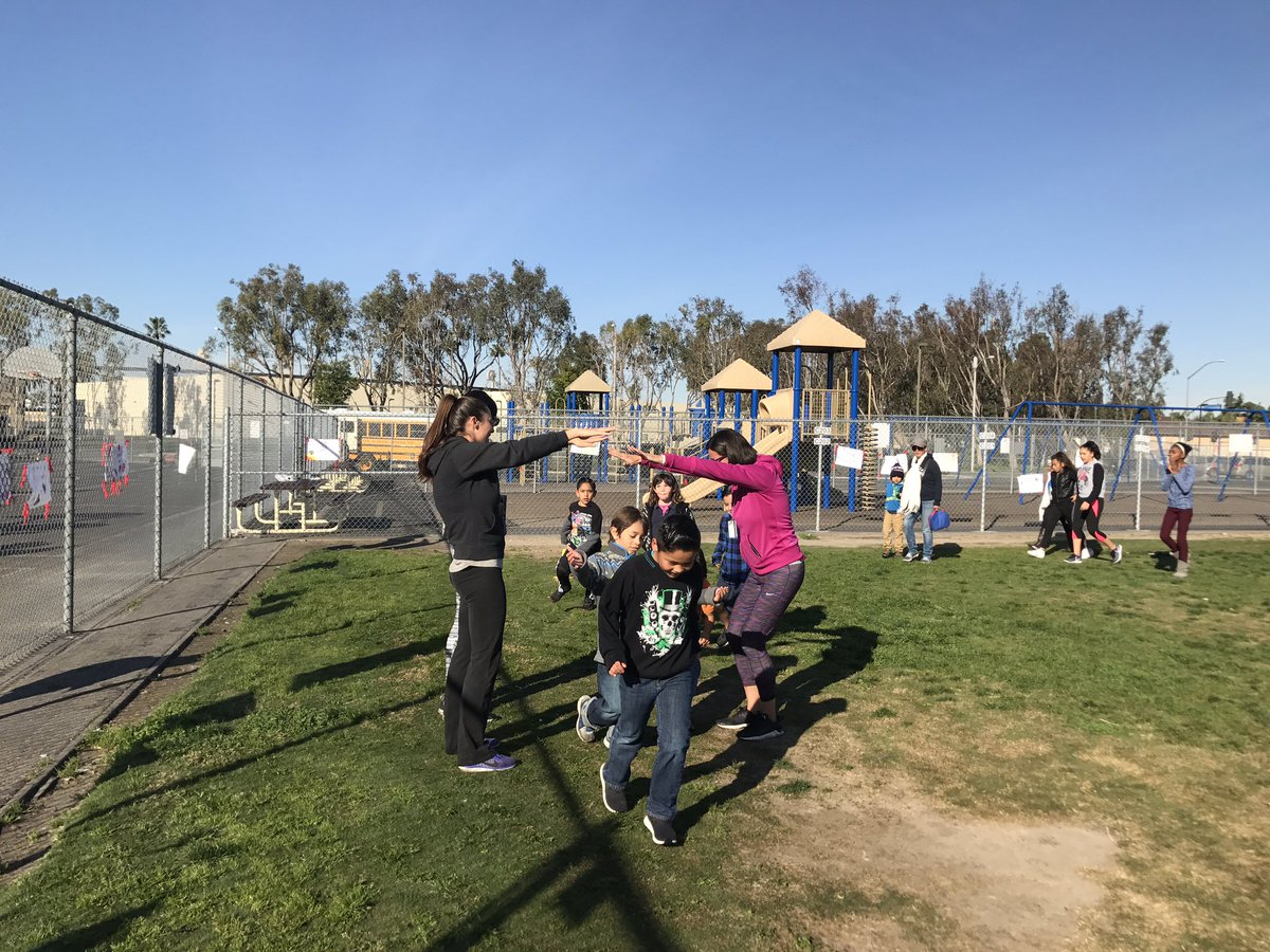 We've had such a busy, but fun week at Westmont: Lunch with a Loved One, Family Fun Run, Jump Rope for Heart. https://t.co/VSrjV49tcd