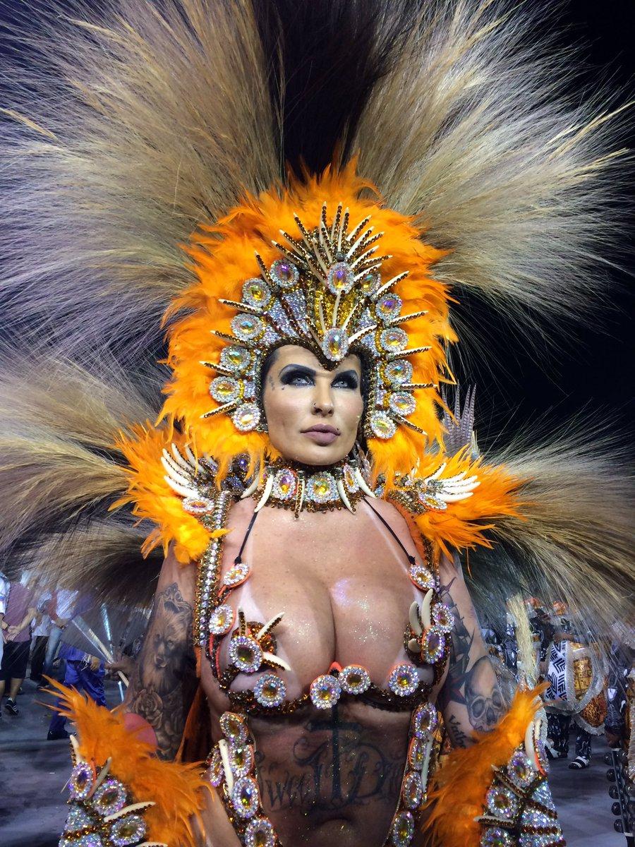 Sabrina Boing Boing chega para sair pela Acadêmicos do Tatuapé. #G1 #G...
