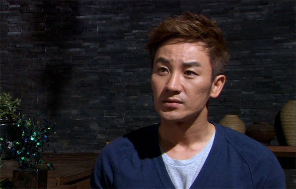 Uhm Tae Woong Returns To Acting Following Solicitation Controversy htt...
