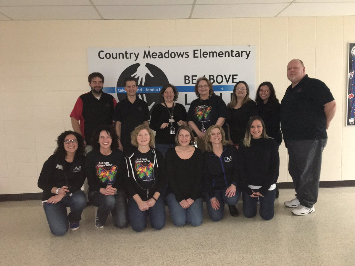 Lots of fun with the @CM_Swoops Ts and staff at the #PTO Talent Show and Dance! @MuskegoNorwaySc<br>http://pic.twitter.com/mb4pyN7Zfv