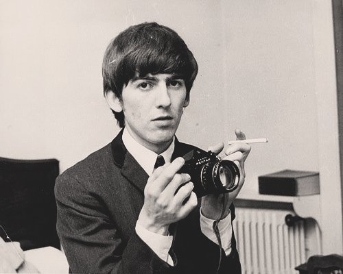 Happy Birthday to one of my favorite person in this world, George Harrison !!!