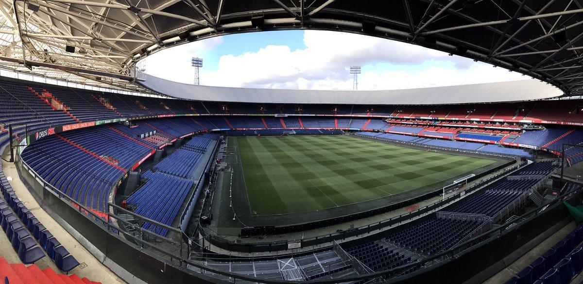 Nog 24 uur... ⚽️🔥  #feypsv #Feyenoord https://t.co/gLBteT5vvj