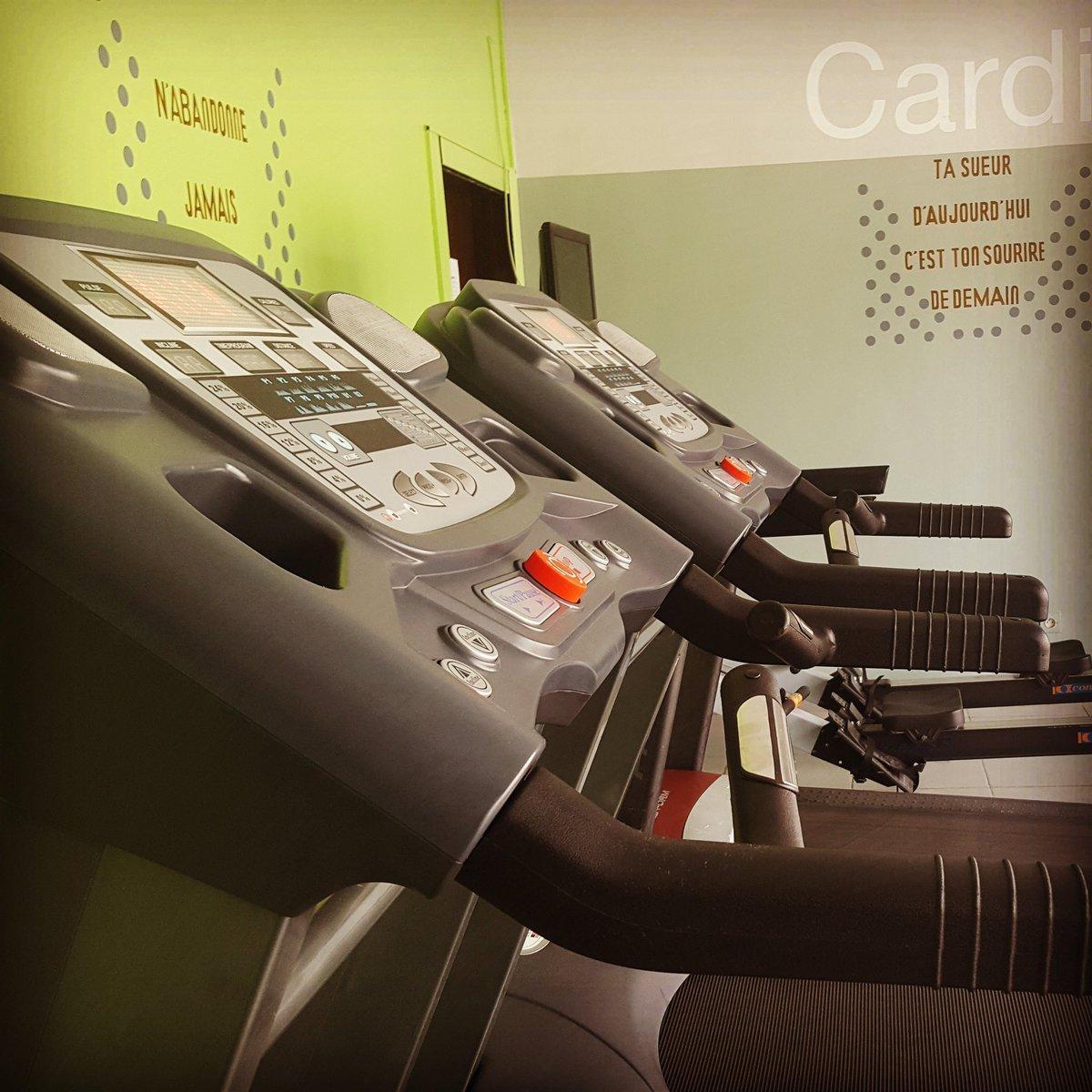 Profitez du week-end pour une remise en forme. Rejoignez-nous chez 100% Fitness #FitnessAbidjan #workout #motivation #nevergiveup<br>http://pic.twitter.com/1ktrgdjzTA