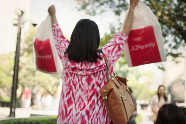 .@jcpenney is closing up to 140 stores as department-store slump continues https://t.co/5KiOf4HxVz https://t.co/6UjUhEPyCP