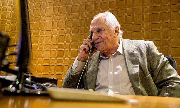Leandro Colon | Quem pegou o pacote deixado por Funaro no escritório de Yunes? https://t.co/e4d19aJ630
