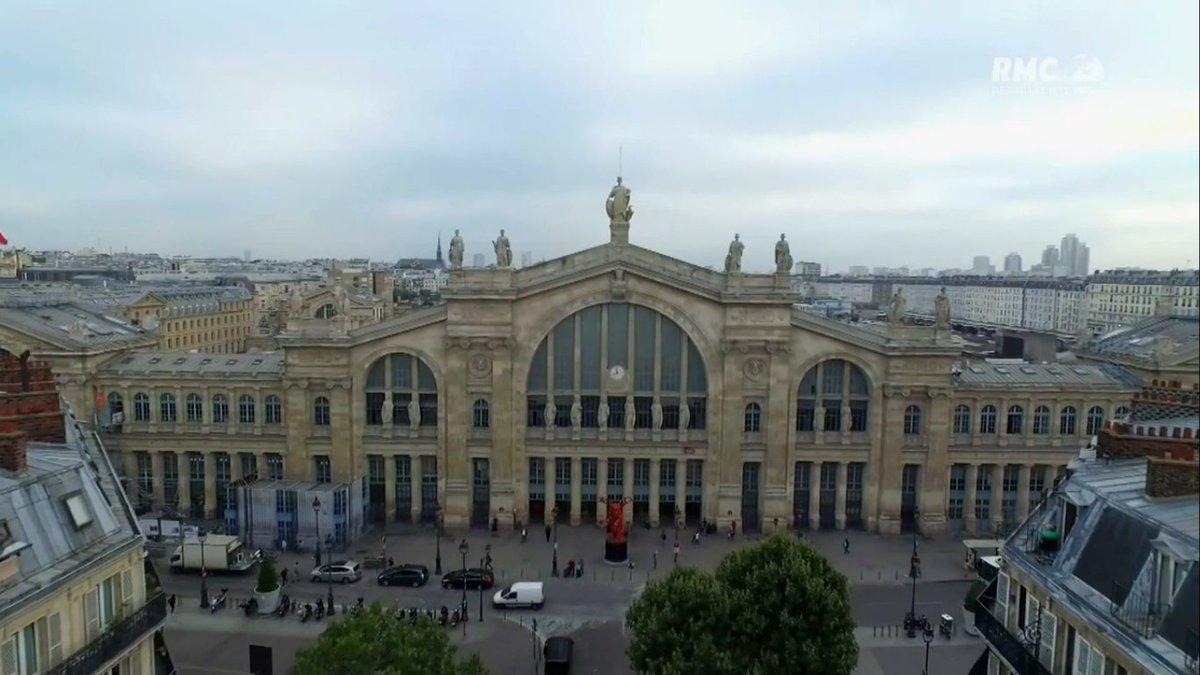 Fascinant reportage sur la #GareDuNord, son passé, son présent, son futur... #SNCF  http:// rmcdecouverte.bfmtv.com/mediaplayer-re play/?id=15338&amp;title=GARE%20DU%20NORD%3ALA%20PLUS%20GRANDE%20GARE%20D%27EUROPE &nbsp; … <br>http://pic.twitter.com/4UCTDoUgLS