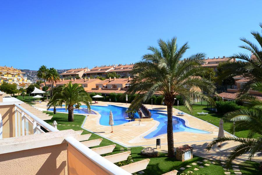 Apartment #javea reduced in price  http://www. costablancapropertydeals.com/view-blog-post /243-property-news-apartment-in-javea-reduced-in-price.html &nbsp; … <br>http://pic.twitter.com/fDF9xVGKMm