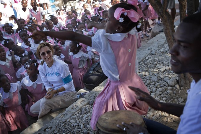 Happy Birthday to UNICEF Ambassador Téa Leoni thanks for everything you do to put