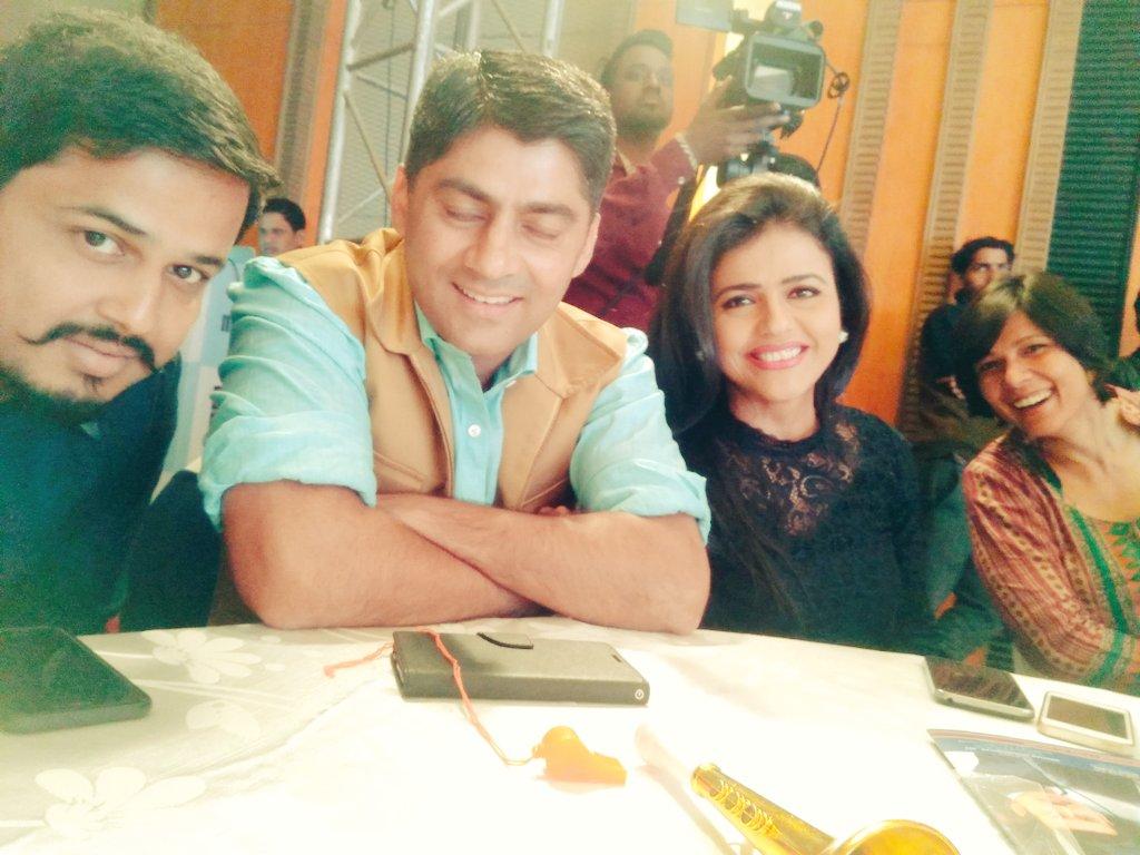 With @gauravcsawant, @SwetaSinghAT & @PadmajaJoshi at the #enbaAwards.