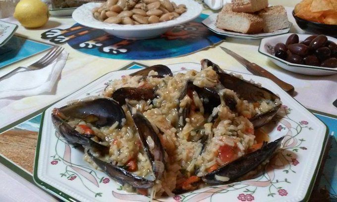 Cooking Greek for Lent Monday: Mussel risotto with curry and ouzo