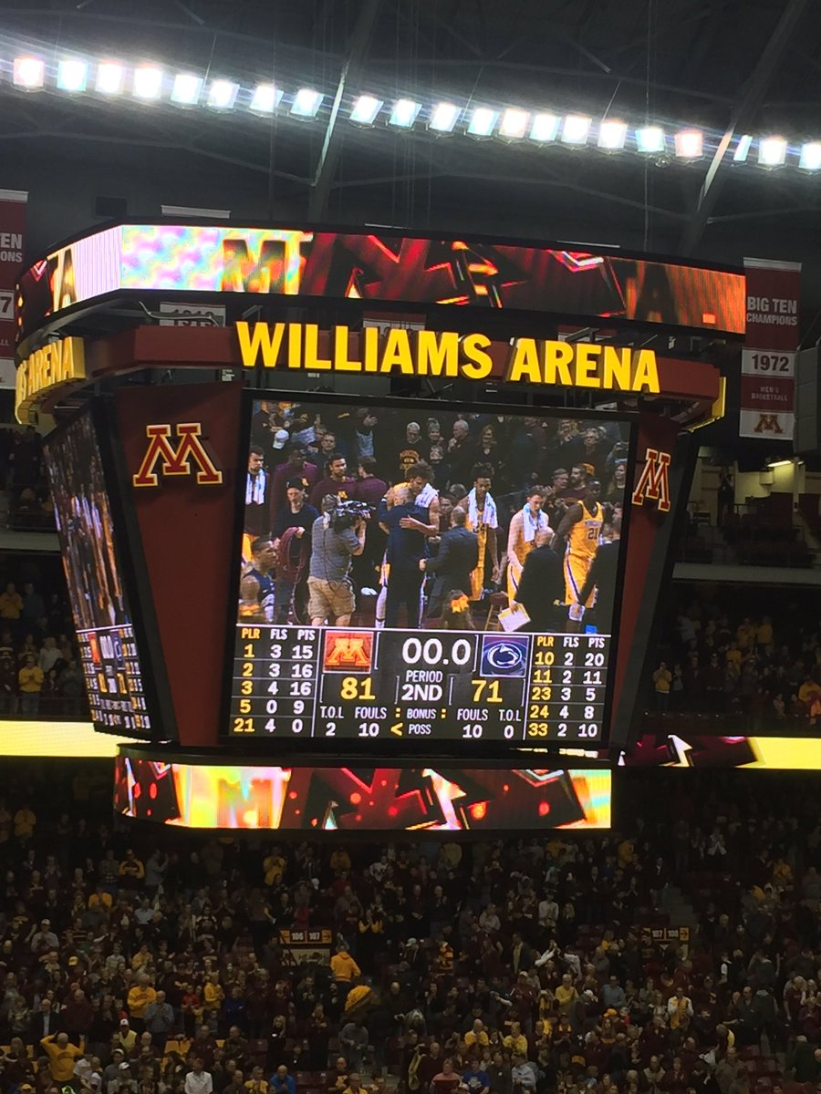 #Gophers win their 7th in a row! RT if you think this team is the hottest in the Big 10!!! #InPitinoWeTrust https://t.co/wh7WF2sN1n