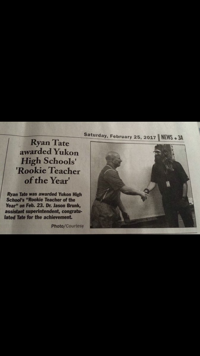 So beside myself with pride about this award that it&#39;s almost like wasn&#39;t me that won it. #Ryan <br>http://pic.twitter.com/m4Vp6EBJ9e