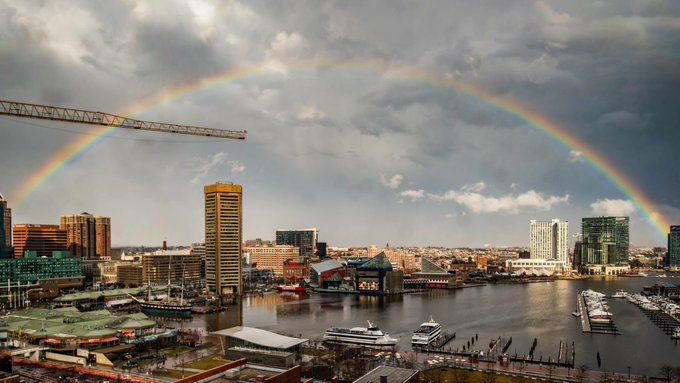Wow! Best #Baltimore #rainbow photo I've seen. Today from my buddy @timshahanrn #picoftheday @JimCantore @TonyPannWBAL @capitalweather