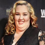 Mama June drops from 460 pounds to a size 4 https://t.co/diDIefIp4G