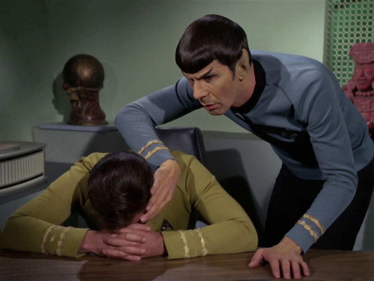 Kirk has a sad. #MeTVStarTrek https://t.co/k9PC2Xbj7Y
