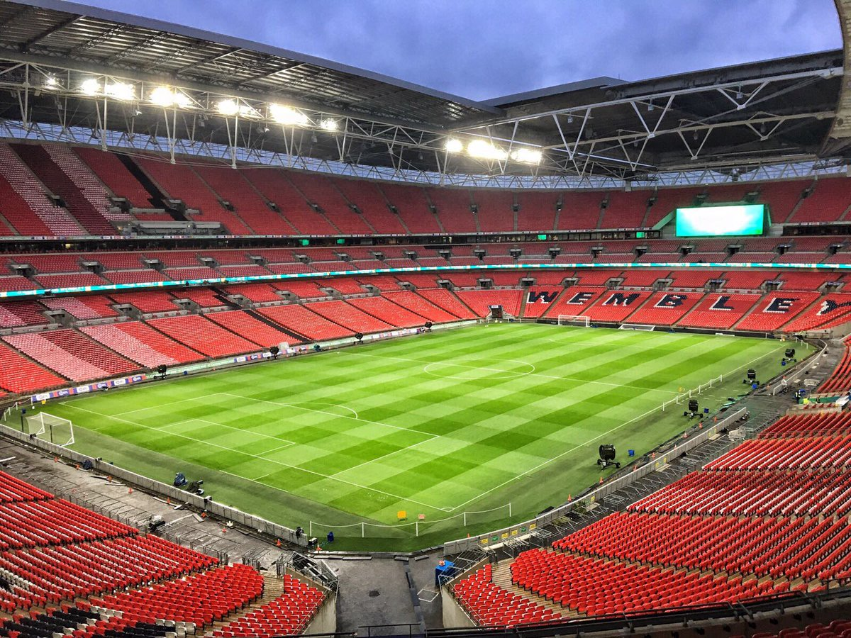 Good morning - it's #EFLCupFinal day!  Who's up and on the road to Wem...