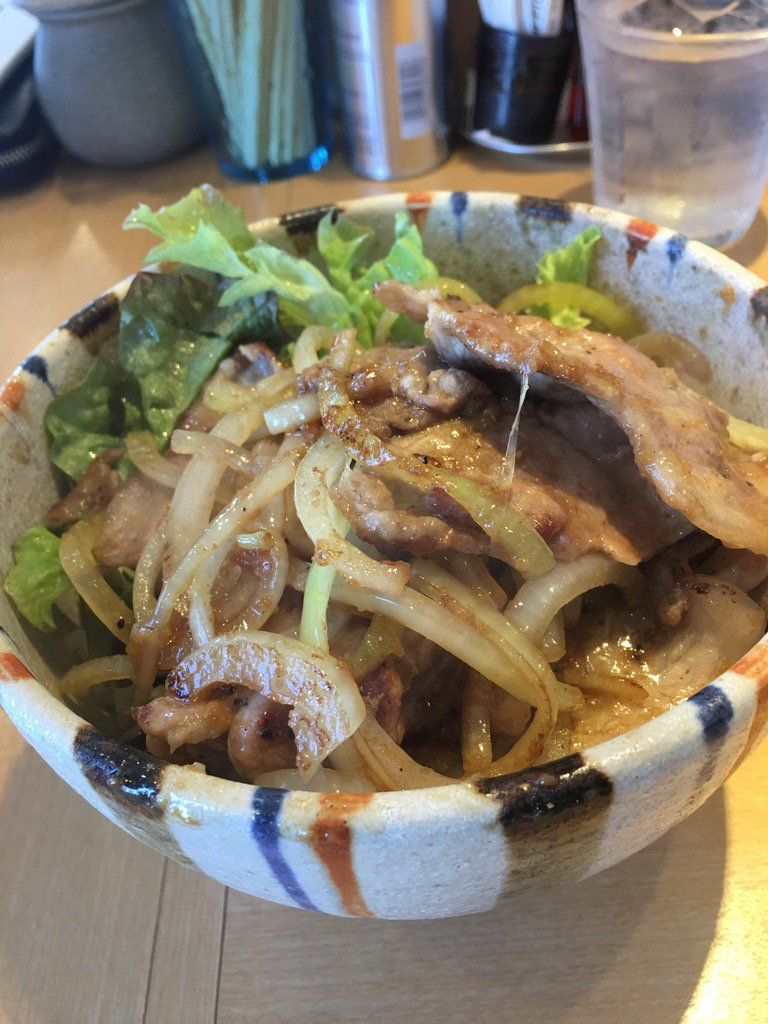 焼肉食うどん https://t.co/k3ggUa6rNz
