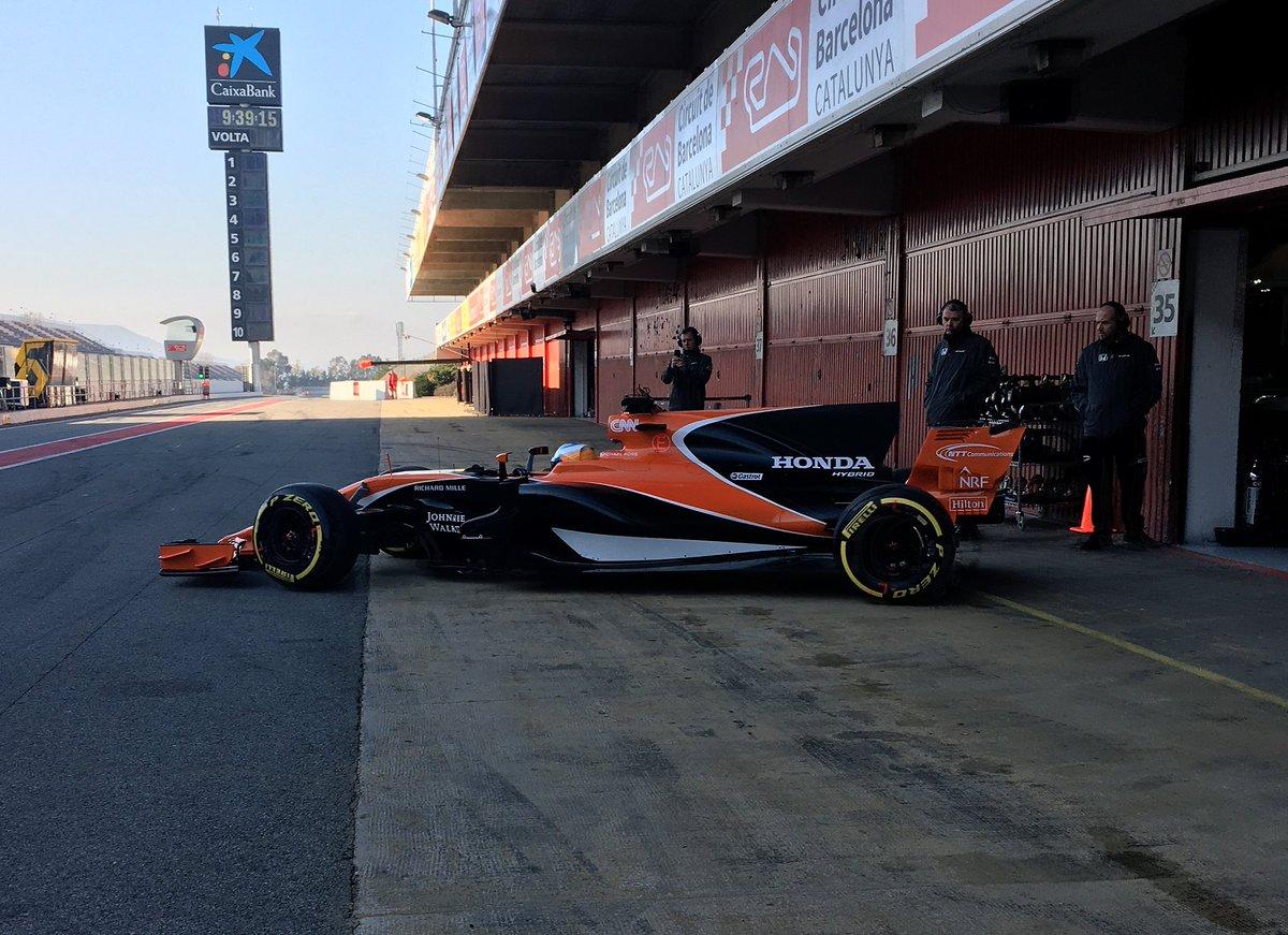 Formula 1 - 2017 / F2 Series - Página 2 C5lEKtVWYAAumd4