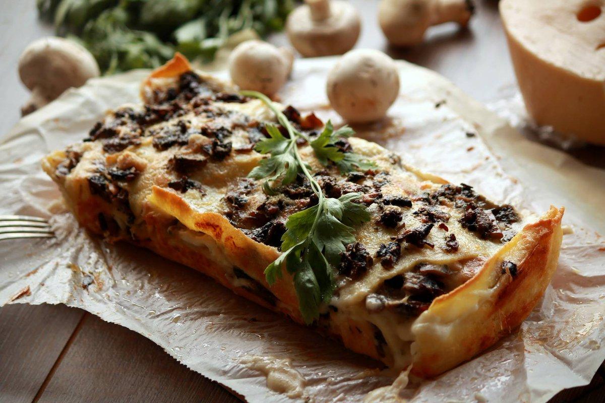 Lasagnes aux champignons  http://www. cuisine-et-mets.com/legumes-pates- et-riz/pates/lasagnes-champignons.html &nbsp; …  Une recette original qui change de la classique #recettes #cuisine <br>http://pic.twitter.com/Mesx8fTMD0