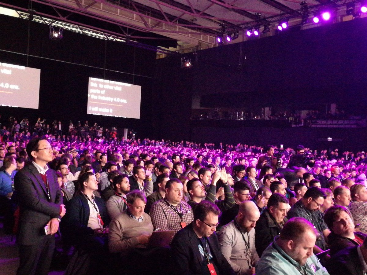 The #LGG6 event is probably the biggest press conference at #mwc2017 h...